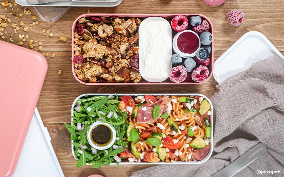 Red lentils pasta salad with granola berries