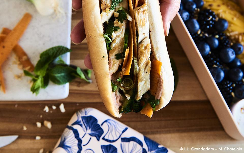 Chicken, Vegetables & Peanut Soft Banh mi